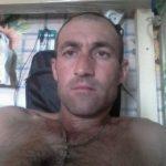 Девственник  ищет девушку  в Омске