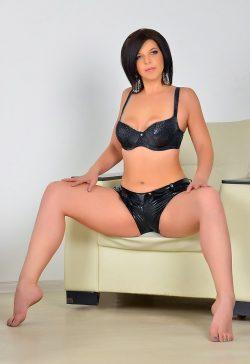 Сексуальная молоденькая девушка блондинка! Ищу мужчину для секса в Омске!