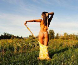 Стройная брюнетка, ищу активного мужчину для секса в Омске